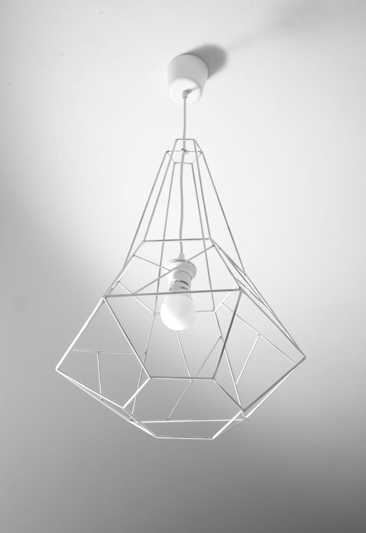 lampe hexagone industrial design emphase. Black Bedroom Furniture Sets. Home Design Ideas